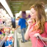 Παραμένει μεγάλο το εύρος τιμών στις μεγάλες αλυσίδες σουπερμάρκετ