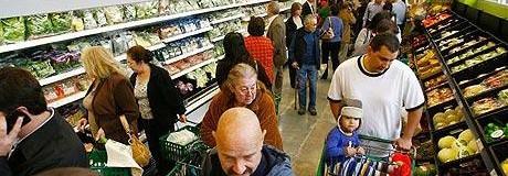 Ιδιαίτερα κινητικός ο Έλληνας καταναλωτής επιλέγει να αγοράσει τρόφιμα από πολλά διαφορετικά σημεία πώλησης με πολλές και συχνές επισκέψεις