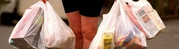 99% μείωση της χρήσης λεπτής πλαστικής σακούλας μεταφοράς στα σουπερμάρκετ το 2019 σε σχέση με το 2017