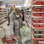 55% μειωμένος ο αριθμός επισκέψεων για αγορές τροφίμων σε σχέση με πριν την κρίση του COVID-19