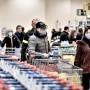 1 στους 2 καταναλωτές θα διατηρήσει την ίδια αγοραστική συμπεριφορά και το επόμενο δίμηνο